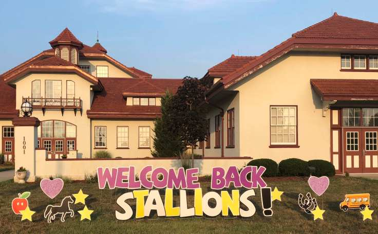 Welcome Back Stallions sign 2018